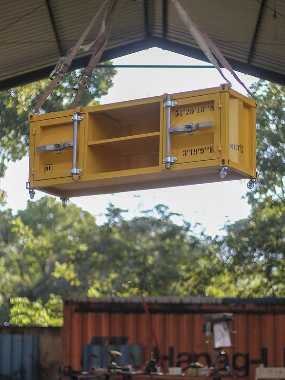 Rack container MegaHertz em transporte pela nossa oficina.