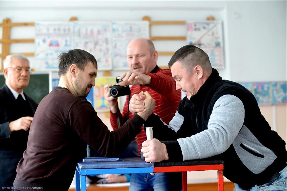 борьба Сергея Попова и Станислава Шархапова за первое место
