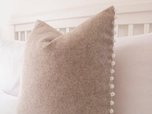 Newton Wool Feather Cushion - Natural