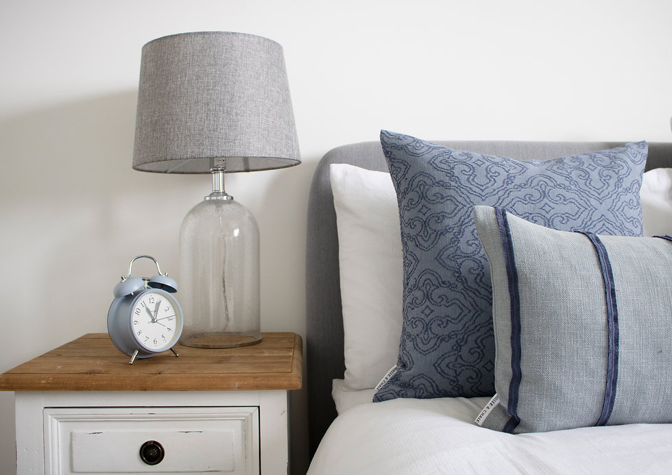 miller-and-chalk-whilton-square-feather-