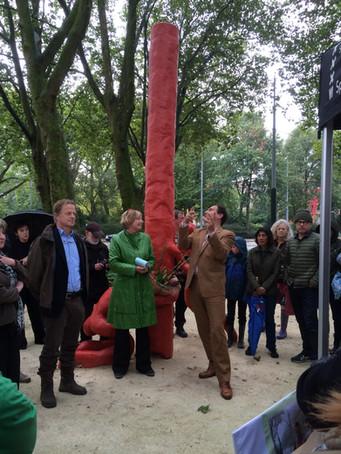 Kunstwerk De Stam Van Lieshout onthuld