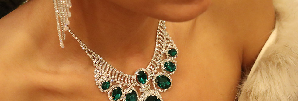 Green Bridal Jewelry, Emerald Green necklace and earrings, vintage inspired Gree