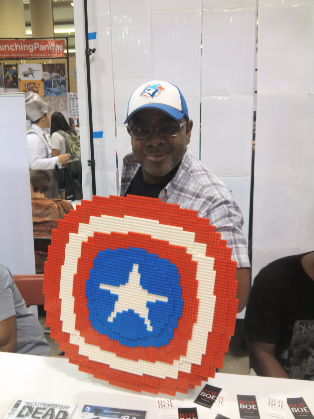 An awesome Captain America shield made by a cosplayer at Fan Expo. Thanks for letting me get a pic with it.
