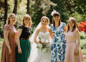 3 Creative Friends, 3 Weddings, 3 Wedding Cakes - Laura