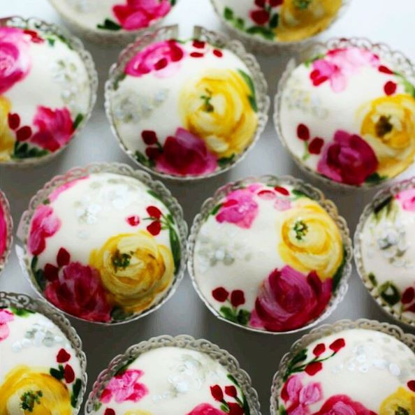 floral painted cupcakes