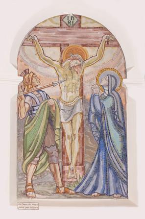 """Mosaïque """" Le coeur de Jésus percé par la lance """", Eglise du Sacré-Coeur, Bourges."""