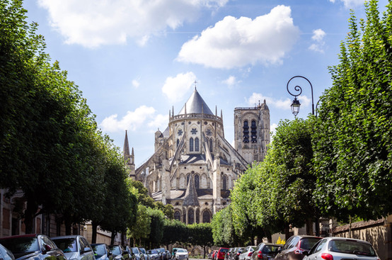 Cathédrale Saint-Etienne, vue du Boulevard de Strsbourg, Bourges