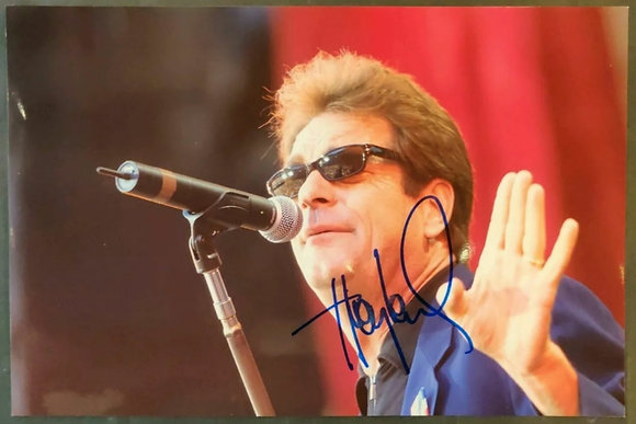 Huey Lewis Signed Photo With COA - Huey Lewis And The News