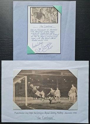 Joe Corrigan Signed & Mounted Card + Newspaper Cutting - Man City FC Goalkeeper