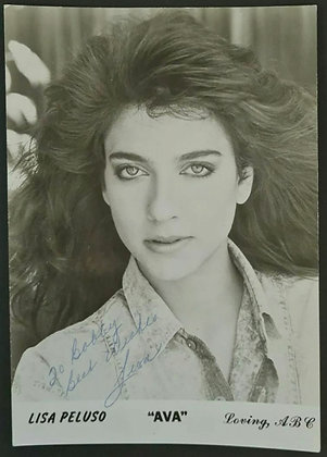 Lisa Peluso Signed Promo Photo - Loving (ABC TV Series)