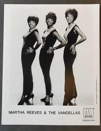 Martha Reeves & The Vandellas promo photo