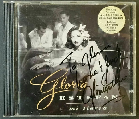 Gloria Estefan Signed 'Mi Tierra' CD Album - 1993