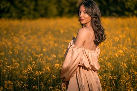franci yellow.jpg