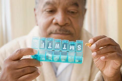 elderly-man-prescriptions-82796158-650x4
