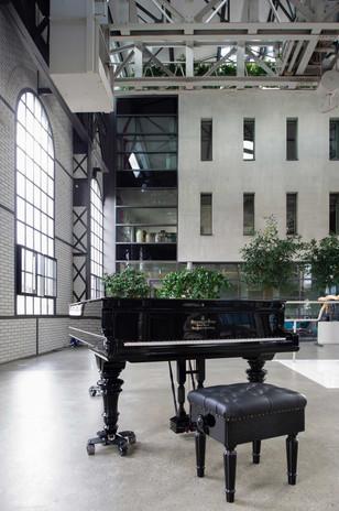 1.Atrium.jpg