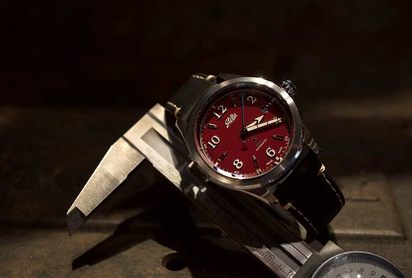 Stella Felix Downtown Red Swiss Automatic Watch