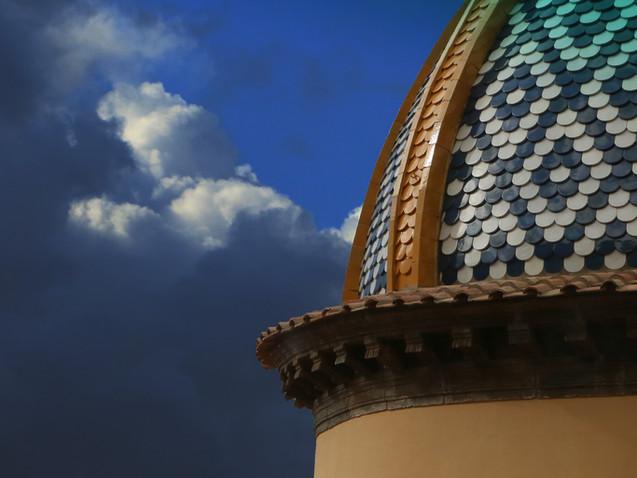 Le toit dans les nuages