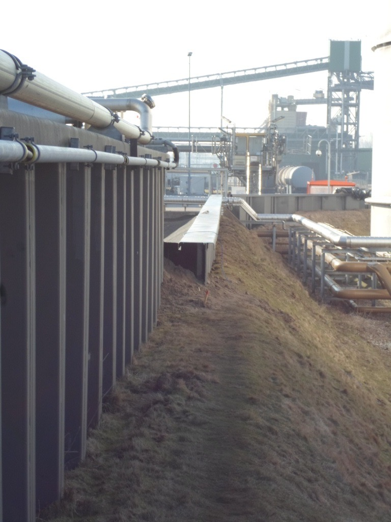 Containment Barrier, Netherlands