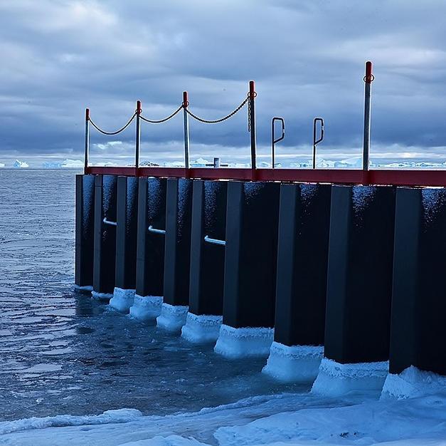 Davis Base MOLF, Antartica