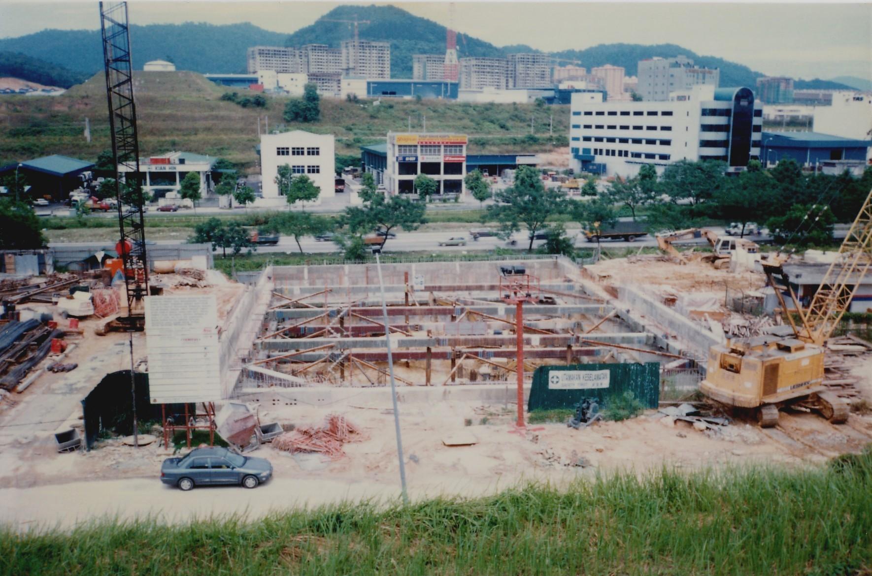 AETNA Building KL 1