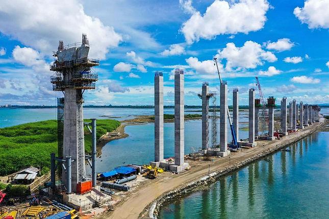 Fabricated bridge pylon spuds