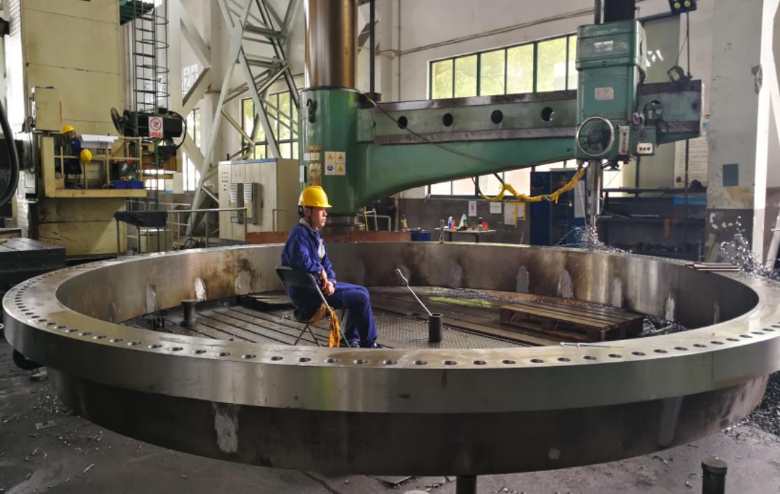Pressure vessel fabrication