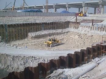 sheet pile retaining wall