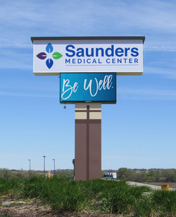 SAUNDERS POLE SIGN