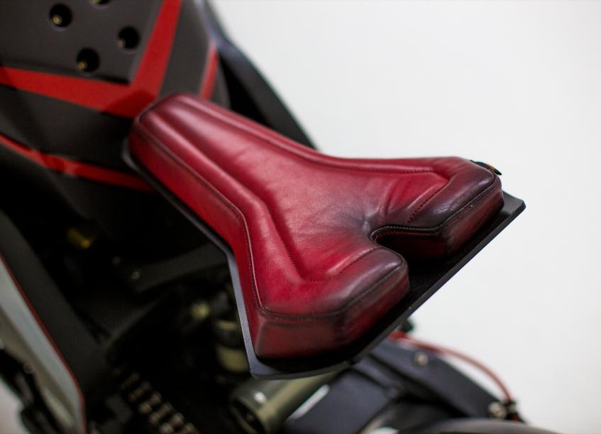 RhodiumOmega Seat
