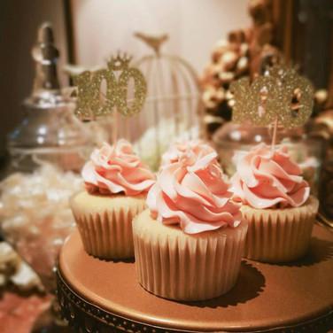百日宴杯子蛋糕