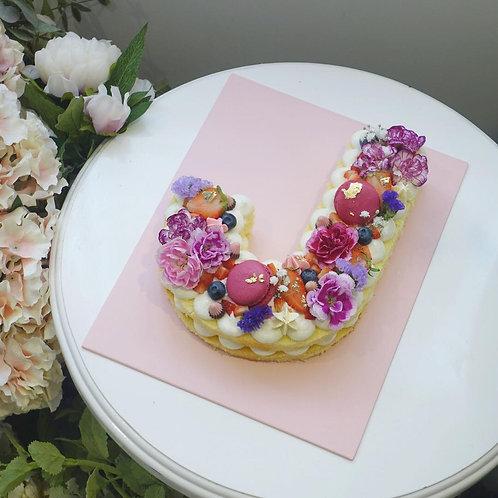 鮮花字母蛋糕