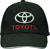 כובע עם רקמת תלת מימד