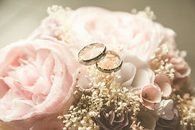 gold-colored%20bridal%20ring%20set%20on%