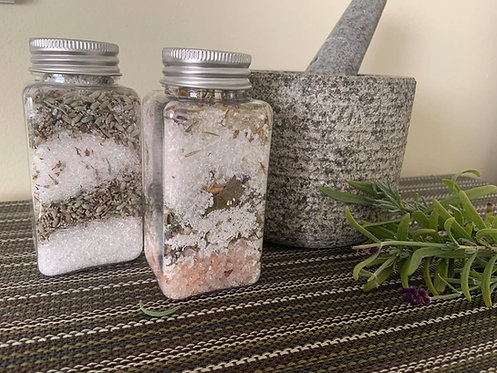 Herbal  and floral bath soak