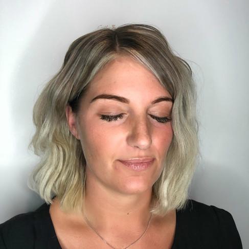 Short Hair Extensions | Wavy Hair Extensions | Remi Cachet