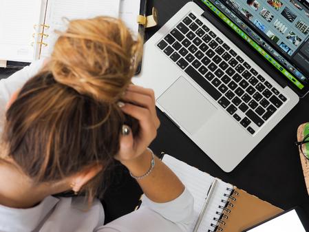 Cuando tu trabajo no te llena: factores psicológicos y soluciones