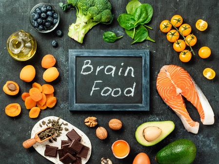 Alimentos que benefician a tu cerebro
