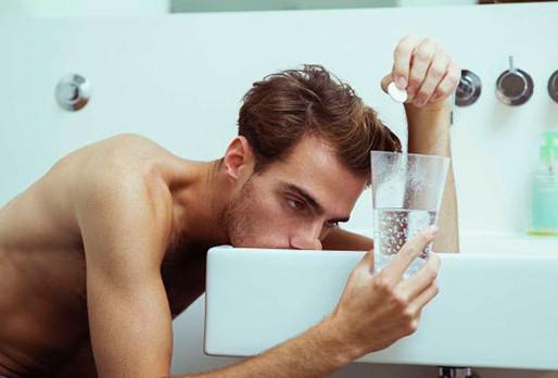 Міфів щодо полегшення симптомів похмілля