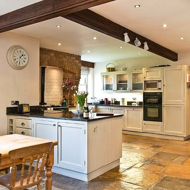 Burrs Farm - Country Kitchen