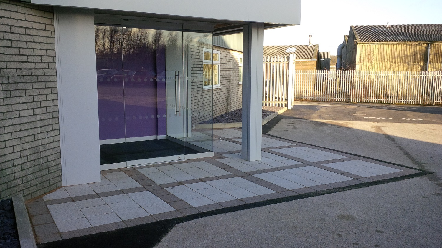 H5 Marshalls Argent Paving in Pinxton, Derbyshire