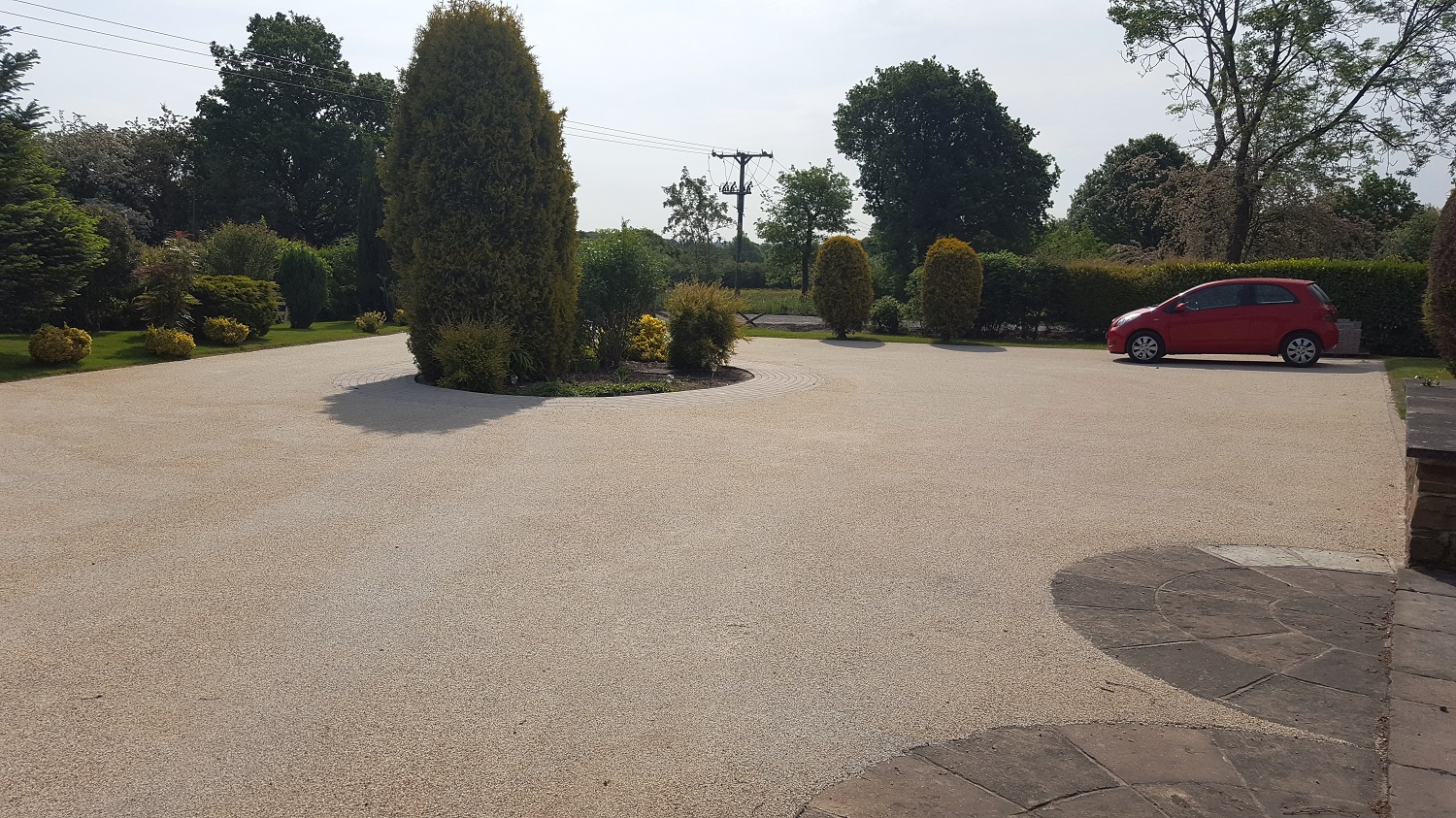 B4b - Resin Bonded Driveway Surfacing at Wingerworth in Chesterfield
