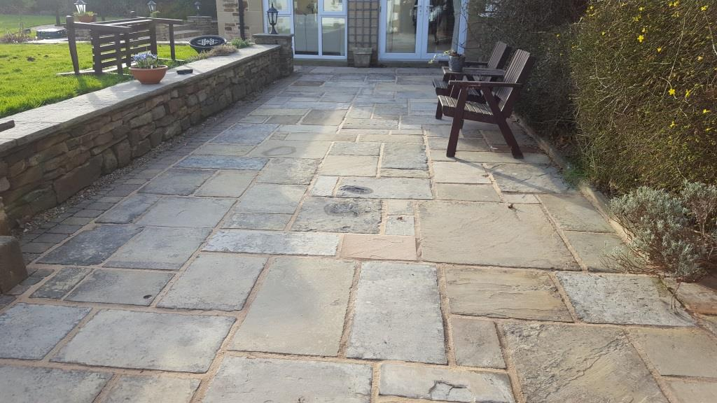 H14 Stone Paving Patio at Ashgate, Chesterfield