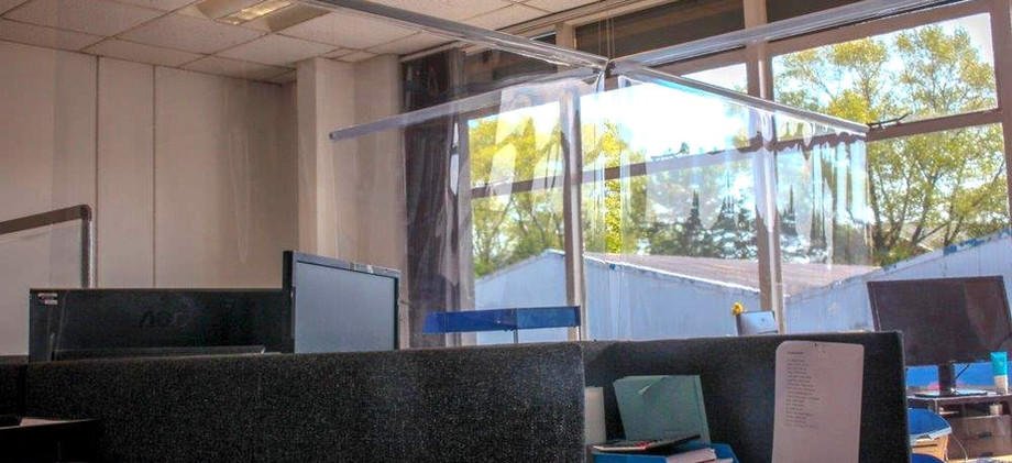 Covid19 Hanging Screens