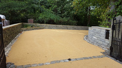 B13 - Resin Bonded Driveway Surfacing at Walton in Chesterfield with Stone Cobble Border