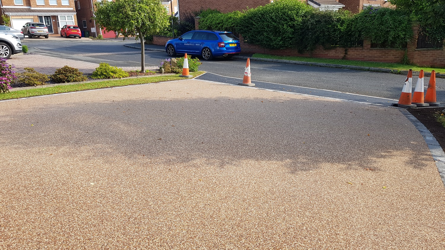 R23 - Chilli Chocolate Mix (1)  Resin Bound Driveway Surfacing at Linacre Woods in Chesterfield with