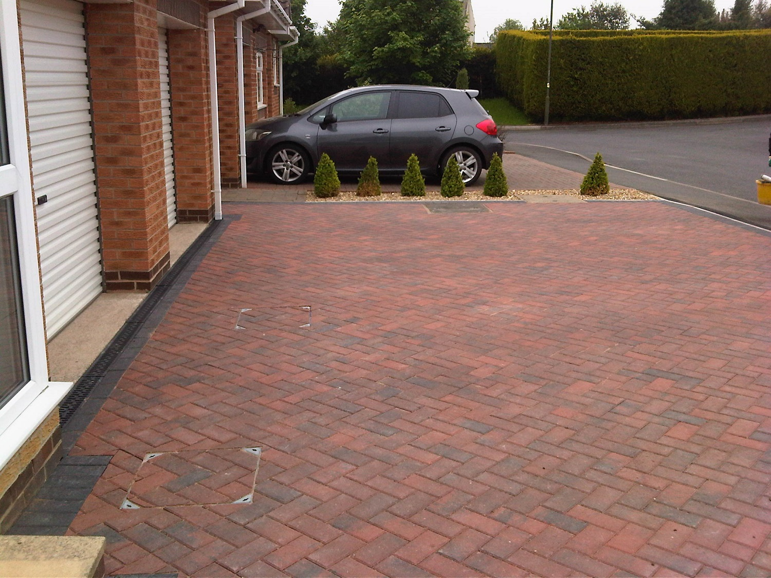 C18 Plaspave Brindle Block Paving Driveway at Walton in Chesterfield