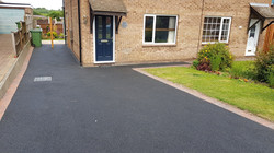 D44  Tarmac Driveway Surfacing with Brindle Block Border at Linacre Woods in Chesterfield