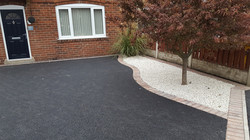 D8  Tarmac Driveway Surfacing with Brindle Block Border at Brampton in Chesterfield