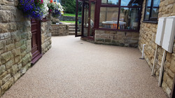 R25 - Milk Chocolate Mix Resin Bound Path Surfacing at Walton in Chesterfield