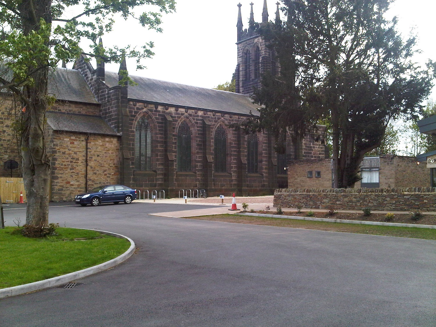 F44  Tarmac Surfacing to St Thomas's Church Car Park in Chesterfield